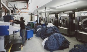 How to choose a good laundry service
