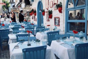how much does linen hire cost for a restaurant